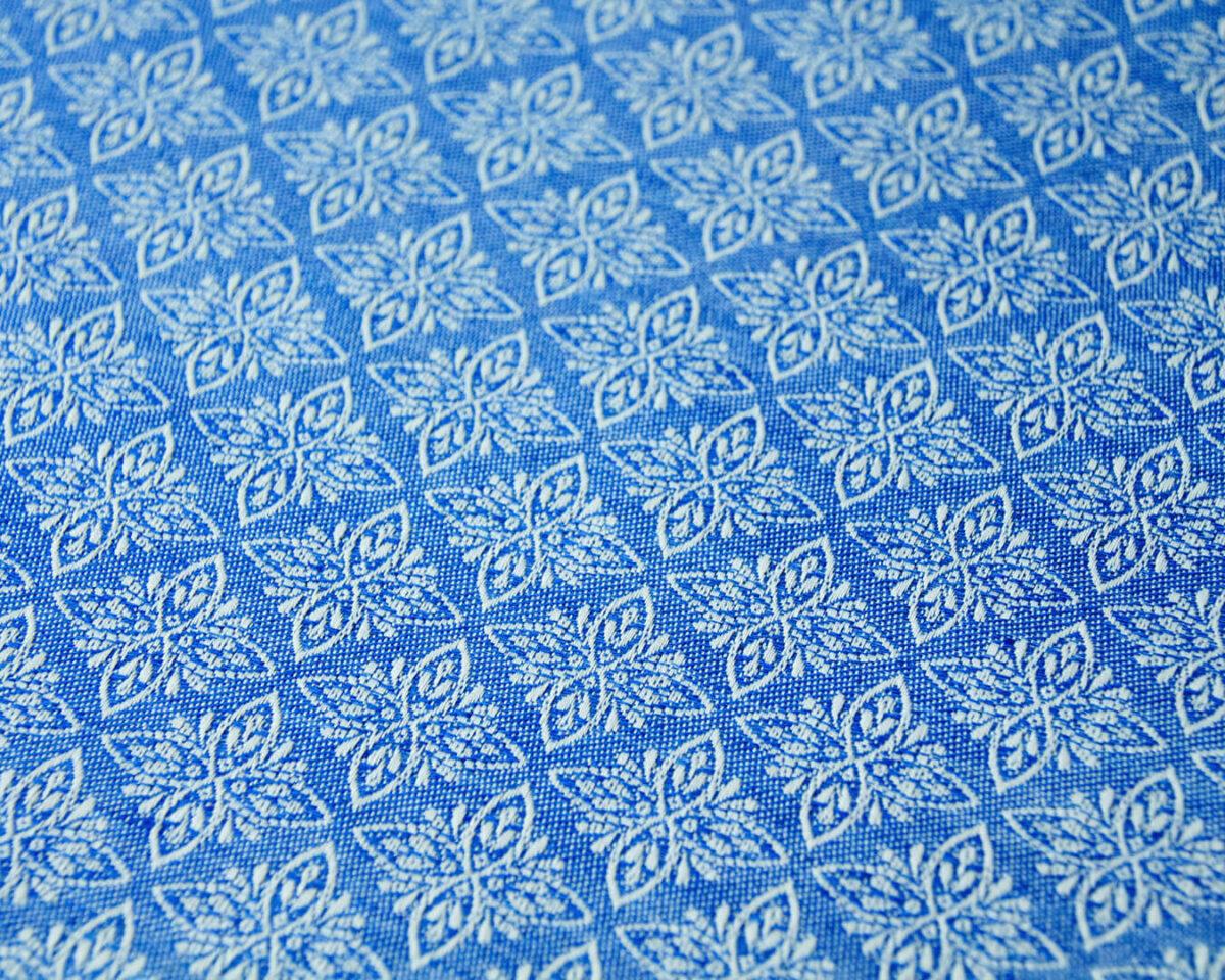 GT blau mit Sternenornament