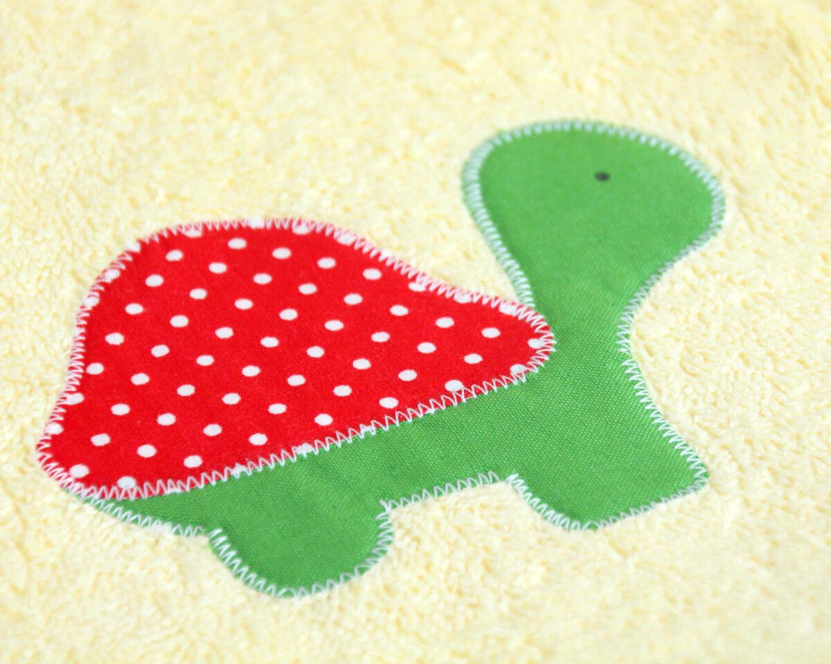 Gelber Bademantel Schildkröte